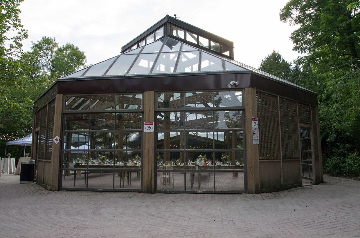 glass house at Kortright Centre