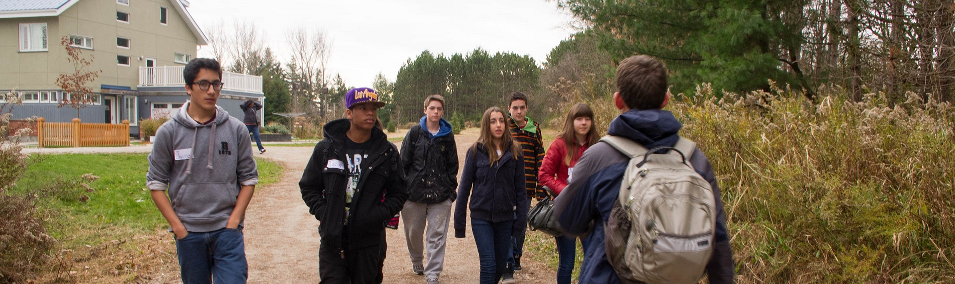 high school students visit Kortright Centre for Conservation