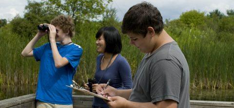 students explore natural habitat at Kortright Centre