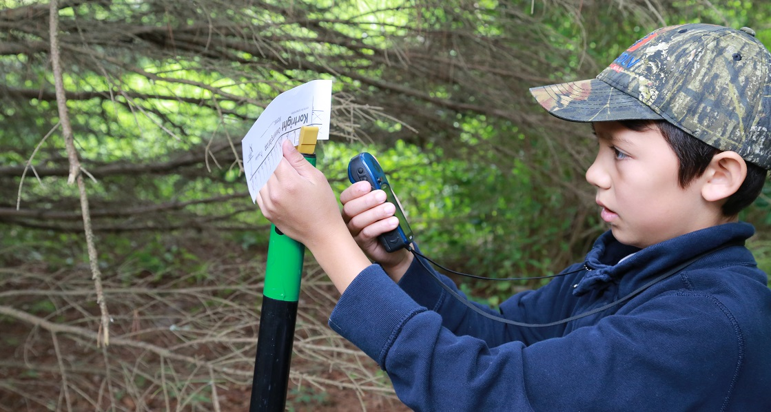home school student learns mapping and orienteering skills at Kortright Centre
