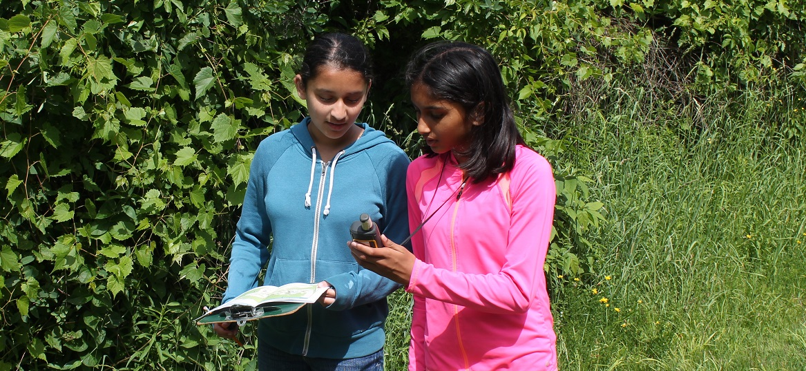 young visitors to Kortright Centre learn the basics of GPS